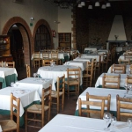 Ce charmant manoir du XIIIe siècle est situé à la périphérie de Cassa de la Selva, à 10 minutes de l'aéroport de la Costa Brava. Cet hôtel moderne et fonctionnel propose un hébergement confortable pour les voyageurs d'affaires et les vacanciers.