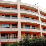 Lloret de Mar: séjournez au cœur de la ville  Situés à seulement 5 minutes à pied de la plage, ces appartements sont implantés dans un quartier à la fois calme et central à Lloret de Mar. Ils comprennent une ou deux chambres et une terrasse privative meublée.