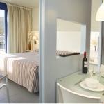 Cet hôtel est situé en bord de mer, dans la charmante ville de El Port de la Selva, sur la Costa Brava. Il dispose d'un spa avec un sauna et offre un accès Wi-Fi gratuit.