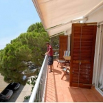Apartment Santa Lucia Roses is a 4-room apartment 60 m2. It is located in the Playa de l' Almadrava, 3 km from de Roses.
