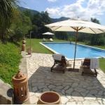 L'établissement Can Serola occupe une maison en pierre du XVIIIe siècle installée dans un grand parc, dans la région de la Garrotxa. Vous profiterez de son sauna,de sonbain à remous en plein air et de sa piscine extérieure.