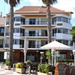 Situé dans le centre de Platja d'Aro, à seulement 150 mètres de la plage, l'Apartments Milú présente une décoration catalane champêtre et dispose d'une kitchenette avec réfrigérateur et four. Les rues environnantes regorgent de restaurants, de bars et de boutiques.