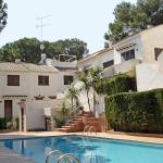 L'Apartment Torre Valentina St Antoni de Calonge fait partie d'une résidence « Pageills », et se situe dans un bâtiment de 2 étages à seulement 100 mètres de la mer. Aménagé en duplex, cet appartement comprend 3 chambres, une terrasse, un salon/salle à manger, 1 chambre avec 2 lits et une baignoire/un bidet/des toilettes.