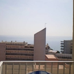 Built in 2006, this apartment block is in the centre of Blanes, 50 m from the beach. Apt.