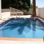 Apartment C/Velazquez 7 Roses is a 4-room apartment of 83 m2. The apartment is located 200m from the beach and the sea.