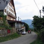 L'hôtel Terralta est un établissement traditionnel de montagne situé dans la Vallée de Ribes, à proximité de la magnifique Vallée de Nuria. Il offre une piscine extérieure et un sauna.
