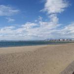Roses: séjournez au cœur de la ville  Situé à seulement 100 mètres de la plage de Roses, l'Agi Josep Sabater se trouve sur la Costa Brava. Vous trouverez des restaurants et des cafétérias à 20 mètres.