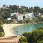 Le J&V Diaz Pacheco 1 est un hébergement indépendant situé à Roses, à 200 mètres de la plage. Un parking est disponible gratuitement sur place.