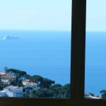 Dotée d'un jardin de 900 m², La Riviera Catalana Villa Panoramic Sea views est située à Lloret de Mar. Entourée d'une végétation luxuriante, cette villa se trouve à 5 minutes à pied de restaurants, de cafétérias et de la plage de Cala Canyelles.