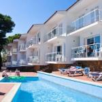 Situés à quelques mètres de la plage, les élégants appartements du RVHotels Duplex Bonsol disposent d'un balcon meublé d'où vous pourrez respirer l'air frais de la mer. En outre, vous bénéficierez d'une piscine extérieure et d'une terrasse bien exposée.