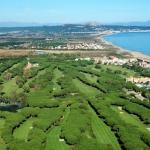 Le Costa Hotel Beach & Resort est situé sur la Costa Brava, près de la plage et du parcours de golf Platja de Pals. Il dispose d'une piscine extérieure et d'une salle de sport.