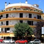 Les appartements du complexe El Sol sont dotés d'une connexion Wi-Fi gratuite et d'un toit-terrasse offrant une vue sur la mer. Ils bénéficient d'un emplacement à 100 mètres de la gare routière de Tossa de Mar et à 400 mètres de la plage.