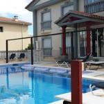 Surplombant le port de plaisance d'Empuriabrava, l'Hotel Portofino Wellness se trouve à 300 mètres des plages de la Costa Brava. Proposant une piscine extérieure, il dispose de chambres dotées d'un balcon et d'une connexion Wi-Fi gratuite.