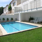 Holiday home La Boma is located in Begur. The accommodation will provide you with air conditioning.