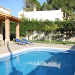 Holiday home La Marinada is located in L'Escala. The accommodation will provide you with a balcony.