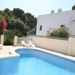 Holiday home Magdalena is located in L'Escala. The accommodation will provide you with a balcony.