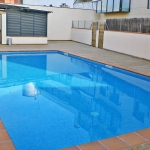 Located in Llanca, Apartment Llançà 6 offers an outdoor pool. Accommodation will provide you with air conditioning and a balcony.