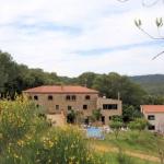 Doté d'un jardin, d'une piscine autoportante extérieure et d'une salle de sport, le Mas Campmol est une maison de campagne nichée en plein cœur de la nature, à 3 km de Cistella. Vous bénéficierez d'une connexion Wi-Fi gratuite dans l'ensemble de ses locaux.