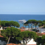 Los Pinares Seaview Apartments is a self-catering accommodation located in Blanes. Accommodation will provide you with air conditioning and a balcony.