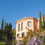 Le Pierre & Vacances Villa Romana se trouve sur la colline surplombant la ville historique de Tossa de Mar, sur la Costa Brava. Il possède une piscine extérieure donnant sur la Méditerranée.