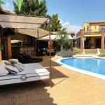 Located in Peralada, Villa Peralada offers an outdoor pool. This self-catering accommodation features free WiFi.
