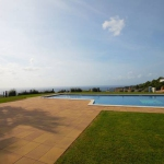 Offering an outdoor pool, Holiday home Athezza is located in Tossa de Mar. WiFi access is available in this holiday home.