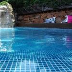 Doté d'une piscine extérieure et d'un court de tennis, L'Exclusive Villa - Baix Empordà - Costa Brava est situé à Calonge et dispose d'une connexion Wi-Fi gratuite. Le logement comprend une télévision à écran plat, un balcon et une terrasse.