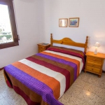 Agi Santa Margarita is a self-catering accommodation located in Roses. WiFi access is available.