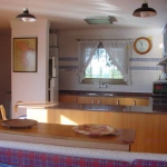 Costabravaforrent Palas Atenea is located in L'Escala. The accommodation will provide you with a TV and a patio.