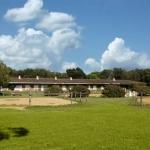 Situé au sein du club équestre de Santa Cristina d'Aro, le Residential Horse Club Costa Brava vous propose des appartements ainsi que des leçons d'équitation pour tous les niveaux avec de nombreuses pistes et carrières d'équitation. Les appartements modernes sont équipés d'une connexion Wi-Fi gratuite et de la climatisation.
