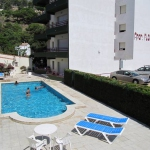 Les appartements Flomar sont situés dans un quartier paisible de L'Estartit à seulement 400 mètres de la plage. Construits autour d'une piscine extérieure, les appartements disposent d'un balcon privé et d'une télévision par satellite à écran plat.