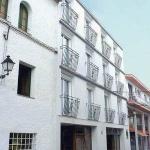 L'Apartamentos Gales se situe à seulement 150 mètres de la plage de Tossa de Mar, sur la Costa Brava. Vous pourrez profiter de la piscine, du bar et du programme de divertissements dans le Parkhotel, à 100 mètres.