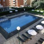 Le Fenals Garden est situé à 400 mètres de la plage de Fenals, à la périphérie de Lloret. L'hôtel dispose d'une piscine extérieure et d'une salle de sport avec un accès gratuit.