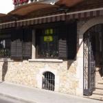 L'Hostal Miryam vous accueille dans la vieille ville de L'Escala. Cette maison d'hôtes se trouve à 5 minutes de la plage.