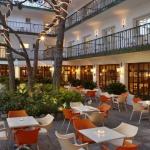 Situé à 20 mètres de la plage et à 150 mètres du centre de Platja d'Aro, l'Els Pins est un hôtel à la gestion familiale doté d'une piscine extérieure ainsi que d'une terrasse bien exposée. Chaque chambre confortable dispose d'une télévision par satellite, de la climatisation et d'une connexion Wi-Fi gratuite.