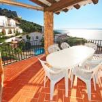 Jouissant d'une vue imprenable sur la mer Méditerranée, l'établissement Holiday House Joan Sarda est situé à 1,5 km de la belle ville de Roses. Il possède quatre chambres climatisées et une piscine extérieure privée.