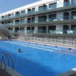 Situé à seulement 75 mètres de la plage de Palamós, le complexe moderne Palamós Apartamentos possède une piscine extérieure ouverte en saison, un restaurant, une salle de sport et un bain à remous. Chaque appartement climatisé dispose d'un balcon, d'une télévision et d'une kitchenette bien équipée.