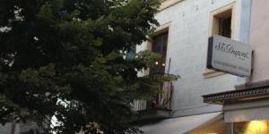Lloret de Mar: séjournez au cœur de la ville  Implanté à 50 mètres de la plage et à 5 minutes à pied du château de Sant Joan, l'ABC Apartamentos Centro propose des appartements avec connexion Wi-Fi gratuite dans le centre de Lloret de Mar. Ces logements sobres comprennent un salon doté d'un canapé et d'une télévision ainsi qu'unekitchenette équipée d'une plaque vitrocéramique, d'un four micro-ondes et d'un lave-linge.