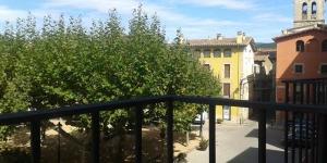 Pourvu d'une connexion Wi-Fi gratuite, l'établissement Apartamentos Fonda Finet propose des appartements à Sant Feliu de Pallarols. Vous aurez accès gratuitement à une piscine et à un jardin à la maison d'hôtes Fonda Finet située à 100 mètres.