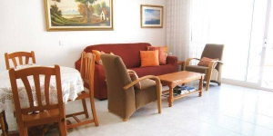 Apartment Avenida Costa Brava is a self-catering accommodation located in Tossa de Mar. The property is 600 metres from Tossa de Mar Castle.