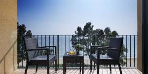 Le Prestige Coral Platja est proche de la plage de Santa Margarida, sur la magnifique Costa Brava. Il propose une piscine intérieure et extérieure, une zone Wi-Fi gratuite et des chambres avec balcon privé.