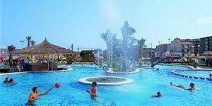 Cet hôtel familial est situé dans un endroit paisible de Lloret de Mar, à une courte distance de marche du centre et à 800 mètres de la plage. Vous apprécierez la piscine située dans les jardins exotiques et les buffets du restaurant.