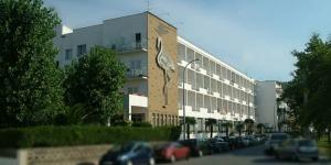 L'Hotel Flamingo est un établissement accueillant à l'ambiance familiale. Il se trouve à 300 mètres de la plage et à proximité du centre commercial.