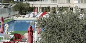 Les appartements du Centremar se trouvent à 500 mètres de la plage de L'Estartit, sur la Costa Brava. Installé autour d'une piscine extérieure, le complexe abrite une pizzeria, un supermarché et une salle de sport avec sauna gratuite.