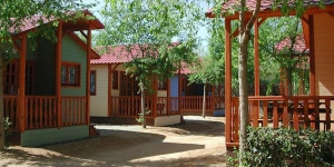 Chalet Camping Solmar I is located in Blanes. The accommodation will provide you with a patio.