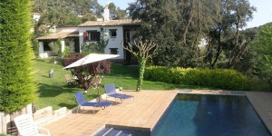 Holiday home Sa Riereta is located in Begur. Complete with a dishwasher, the dining area also has a microwave and an oven.