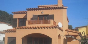 Holiday home Roser is located in L'Escala. The accommodation will provide you with a balcony.