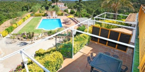 Located in Lloret de Mar, Villa Lloret de Mar 1 offers an outdoor pool. The property is 2.