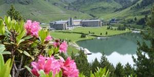 Bénéficiant du cadre magnifique des Pyrénées catalanes à Vall de Núria, l'Apartaments Vall de Núria se trouve à 2000 mètres d'altitude. Il est équipé d'une connexion Wi-Fi gratuite.