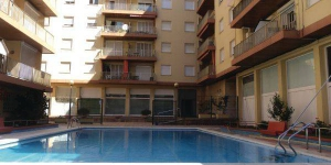 Located in Lloret de Mar, Apartment lloret de Mar 40 offers an outdoor pool. The property is 2.